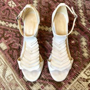 "Coclico ""Olivia"" scalloped heels"